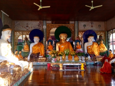 shwedagonbuddhas